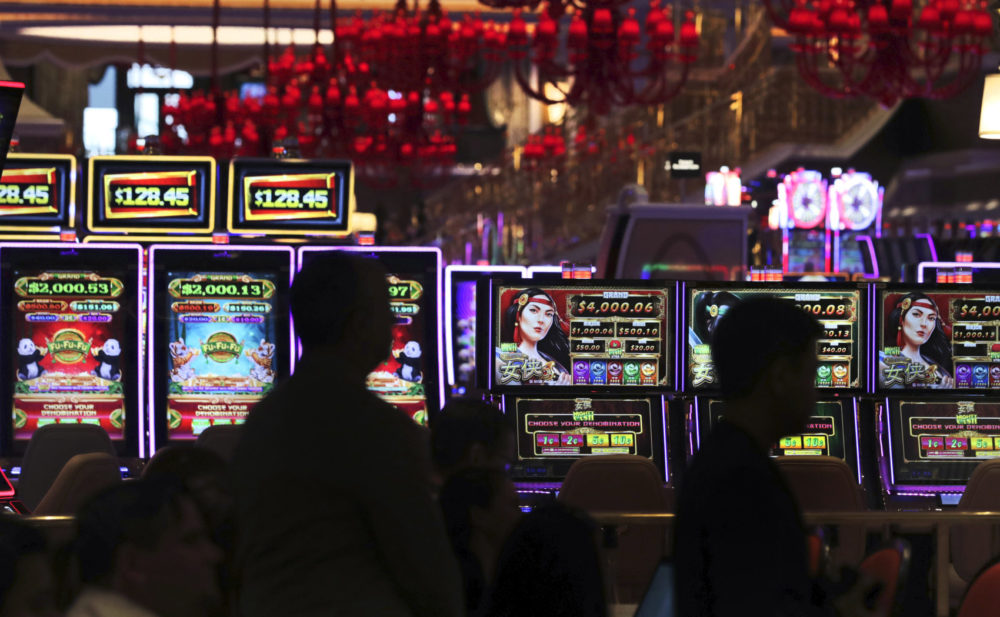 Simple Ways To Online Gambling Without Even Fascinated with It